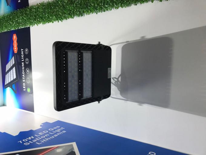 160lm/w η οδηγημένη υπαίθρια υψηλή δύναμη 240w IP68 προβολέων ενσωματώνει τον οδηγό Meanwell